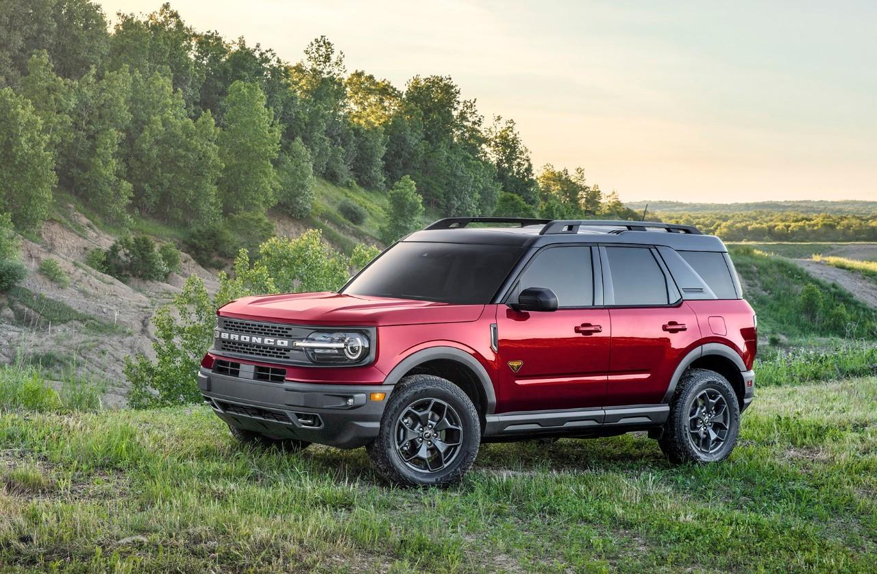 Ford Bronco Sport Badlands rouge métallique , vitres teintées