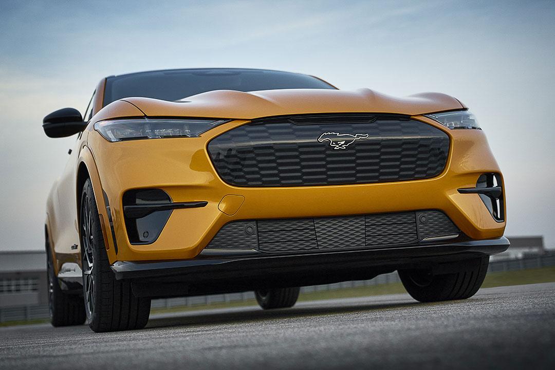 vue avant du Ford Mustang Mach-E GT 2021